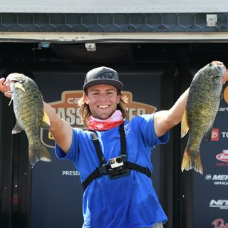 Jack rolls the Dice for his 1st Bassmaster College Series Win On Lake Cumberland