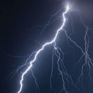 56- Come fotografare i fulmini? Rispondiamo a Noemi Ventura
