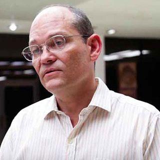 Gerardo Guillen, vice director de Investigaciones Biomédicas