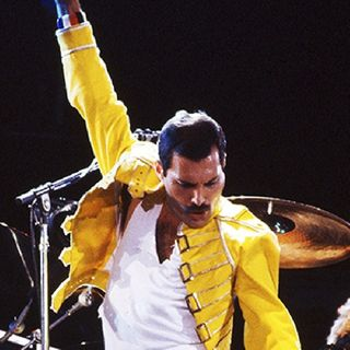 TRIBUTE TO FREDDIE MERCURY!!