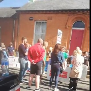 Adrian & Jeremy say people who protested outside Leo Varadkar's house should be power-hosed!!
