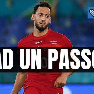 Calciomercato Inter, Calhanoglu ad un passo. Milan sorpreso: i dettagli