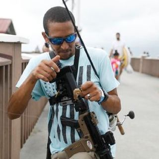 Episode 1326 - He walked Clearwater Beach with an AR-15. Is he a menace or a martyr?