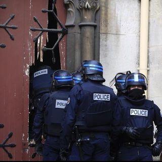 PARIGI: BLITZ A SAINT DENIS (diretta)