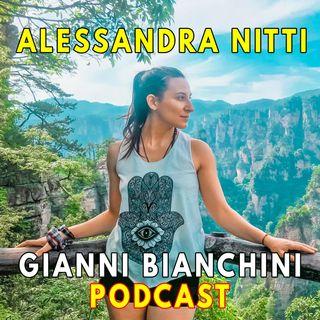 In viaggio con Alessandra Nitti - Cina, Ucraina, scrittura e nomadismo digitale