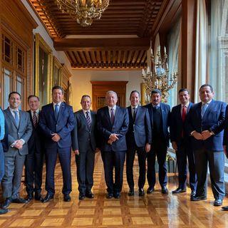 Nueve gobernadores del PAN analizan adherirse al INSABI