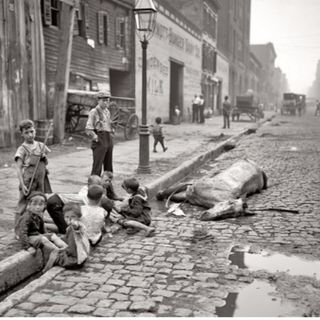 167 - The History of NY Sanitation (Live w/ Ronny Cheing)