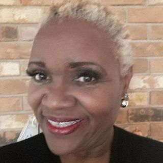 Atlanta Gospel Artist Lavoria Reese Stops By To Speak With Patricia M. Goins