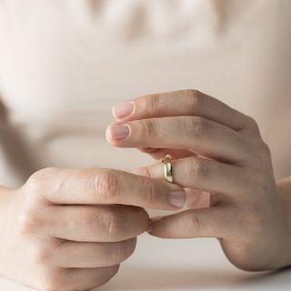 Aksar_kisi_ko_chorr_Dene_ka_faisla_mushqil_zaroor_hota_hai_magar_galat_nhi_    Full Divorce Advice Speech   