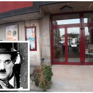 Ciak per lo storico cinema Chaplin che riapre dopo 10 mesi. Al 50% della capienza