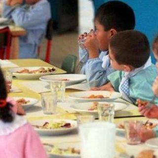 Mense scolastiche: km zero, più Bio meno plastica e più legumi