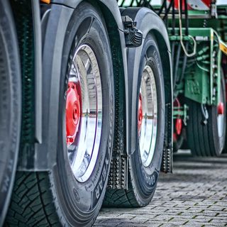 How to Dispose Of Old Tyres in an Eco-Friendly Way? Learn From the Renowned Tyre Recycling Companies East Midlands