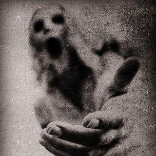 😰 Vacío atroz..😯 #suspenso #horror #historia #noviolencia #violenciadegenero