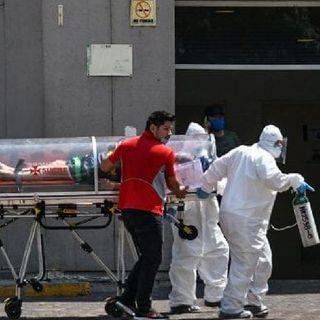 Continúan descensos en casos covid en México