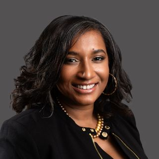 (#7) Interview with Cherita Ellens, CEO of Women Employed