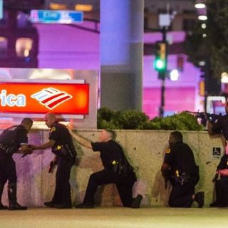 Dallas Police Press Breifing: Dallas Sniper Attack: 5 officers killed during protests against police