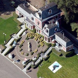"""MICHAEL JACKSON: è stata venduto """"Neverland"""" il suo famosissimo ranch in California. Parliamo poi della sua hit """"Remember the time""""del 1991."""