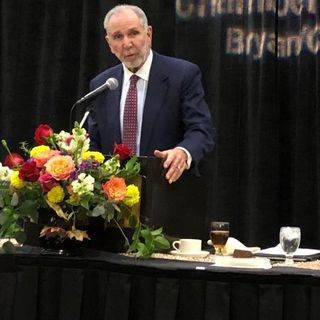 B/CS chamber annual banquet featured speaker Michael Young