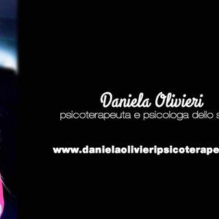 INTERVISTA DANIELA OLIVIERI - PSICOLOGA & PSICOTERAPEUTA