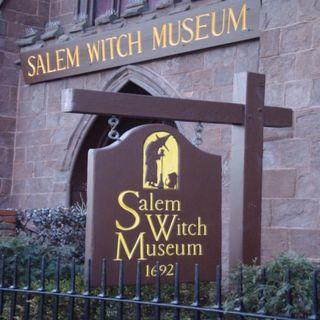 Walking Through Salem Massachusetts for Halloween