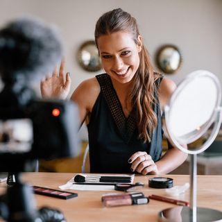 Influencer Digitale: più della tua immagine, vendi il tuo talento!