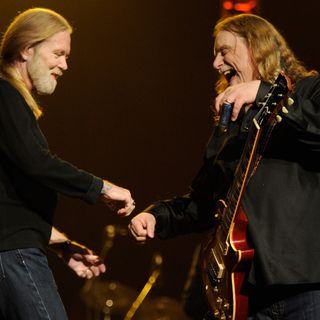 Warren Haynes Is Still Connected To The Allman Songs