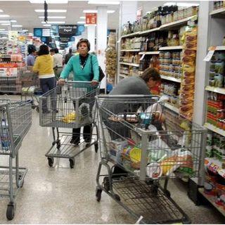 Bajó 13.3 % la confianza de consumidor durante el mes de abril