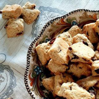 Biscotti uvetta e sesamo