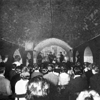 ESPECIAL THE BEATLES LIVE AT THE CAVERN CLUB 1962 #TheBeatles #TheCavernClub #westworld #uploadtv #shadowsfx #tigerking #twd #onward #yoda
