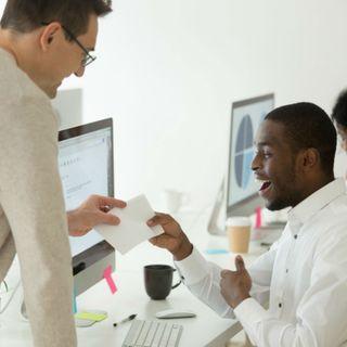 Tratar a sus empleados como clientes los hará más felices