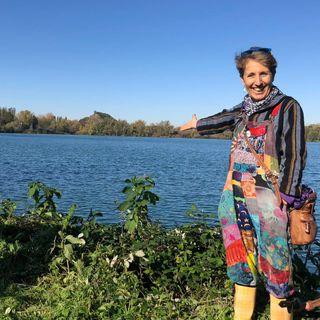 #20 Pianta alberi illegalmente a Milano: storia di Mercedes e della sua Guerrilla Gardening