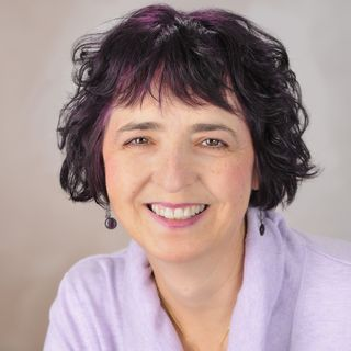 Vibrant Powerful Moms with Debbie Pokornik - Helping Everyday Women Create Extraordinary Lives!: How to Keep Your Brain Fit, Healthy and Foc