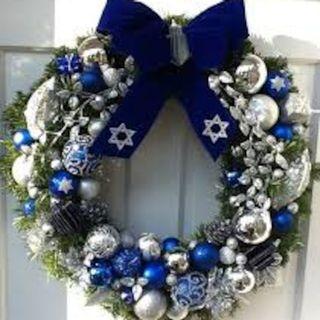 An American Jew celebrates Christmas