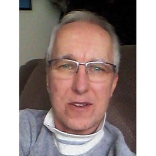 Mike Beaver ~ 04/23/19 ~ Hosts Janet Kira Lessin & Dr. Sasha Alex Lessin