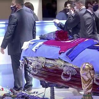 Voz023 Murió Diego Armando Maradona - Diego Armando Maradona é morto 25 Novembre 2020 in italiano @San Ten Chan