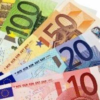 Un imprenditore dona 6mila euro ai dipendenti che fanno figli