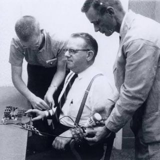 La psicologia sociale Conformismo Ash e Milgram