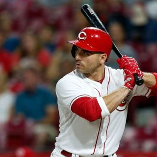 Cincinnati Reds Weekly: Who starts in centerfield? Shortstop depth and make or break players for this season