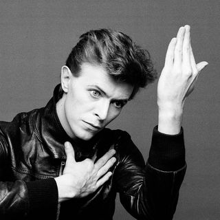 STEVE LUDWIG'S CLASSIC POP CULTURE # 95 BOWIE TRIBUTE 1 13 16