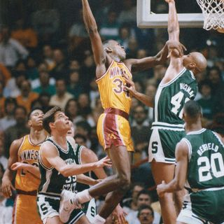 Living in Loserville: Minnesota Gophers 1989-90 Rewind!Huge Upset over Syracuse with DC & Kenny Anderson's Lethal Weapon 3 in Elite 8!