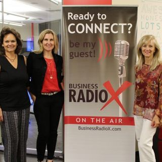 Lisa Hullinger with Campus Advisors Jessica Corral with Headfarmer and Special Guest Co-Host Stephanie Angelo