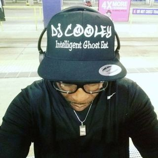 DJ Cooley show radio