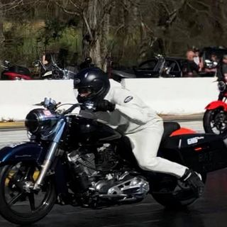 KADAFE PROVES TO HAVE THE FASTEST BAGGER IN THE WORLD