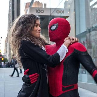 SPIDER-MAN: FAR FROM HOME - Barbie Reviù! | Recensione (NO SPOILER)