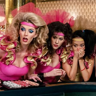 "Jenny O'Connor Reviews Season 3 of ""GLOW"""
