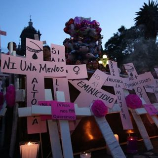 Rechaza AMLO eliminar delito de feminicidio