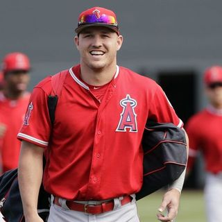 Out of Left Field: Pay week for Trout, NL West preview and more