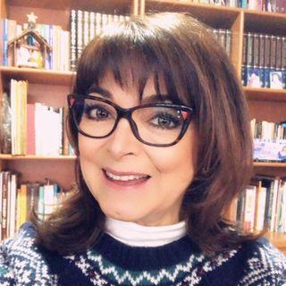 """La Psicóloga y Reiki Master, Martha Sánchez Navarro con el tema: """"Renacer""""."""