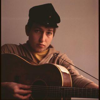 'Rockhistorier': Bob Dylans unge år hvor han forvandler musikalske tyvekoster til original folkemusik