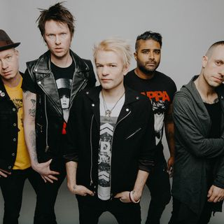 SUM 41 Bring Some Order In Decline